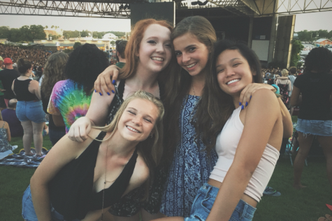 Hillsborough students rock out to the Vans Warped Tour