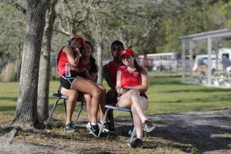 Meet the girls tennis team
