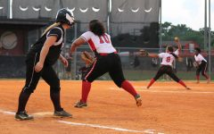 Hillsborough's softball team beats Brandon, 15-8